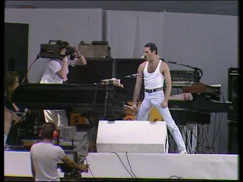 Queen ☮ Bohemian Rhapsody & Radio Ga Ga (Highest Quality)