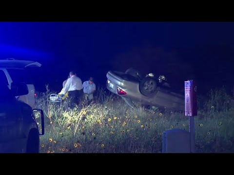 Driver dies in rollover crash in Atascosa County