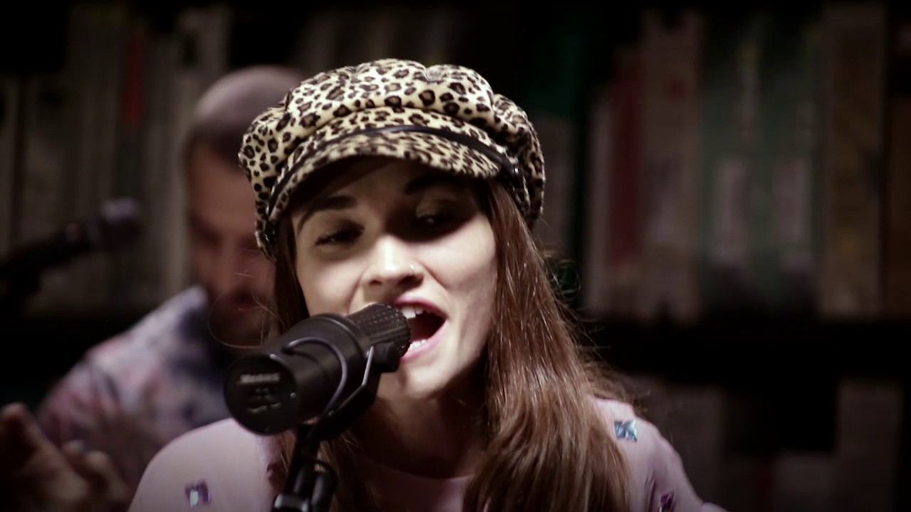 Misterwives Coloring Outside The Lines 5 19 2017 Paste Studios
