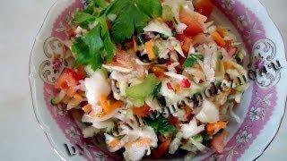 Витаминный салат с молодой капустой