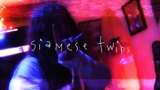 Смотреть клип Yung Pinch - Siamese Twins