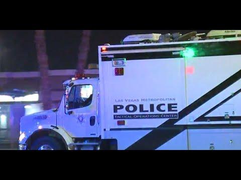 Las Vegas police respond to barricade situation overnight Wednesday
