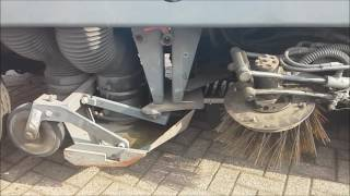 Video Aebi MFH 5000 Street Sweeper, Iveco Common Rail Engine with 150 HP, EURO 3 download MP3, 3GP, MP4, WEBM, AVI, FLV Juli 2018