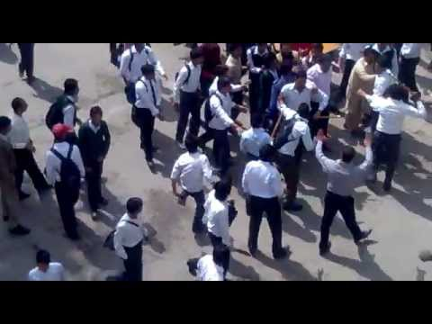 Clash between Jamiyat and MSF in Islamia college