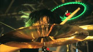 "【HD】ONE OK ROCK - Living Dolls  ""Mighty Long Fall at Yokohama Stadium"" LIVE"