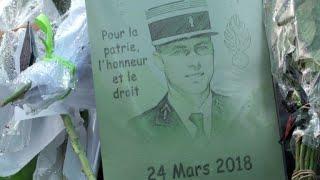 Carcassonne: hommage poignant de la caserne du colonel Beltrame
