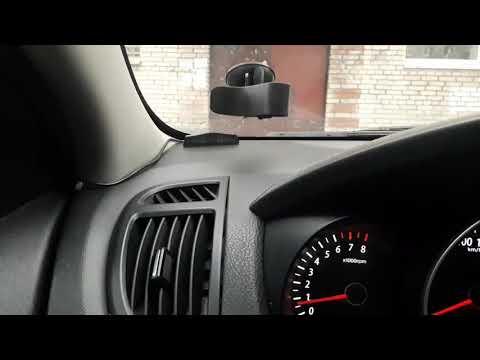 Не коректно работает парктроник(заглючил датчик приближения).