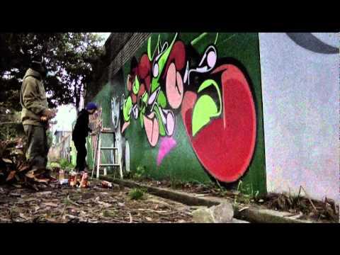 World Famous Artist Paints Sickest Mural: Ecko Unltd x Suiko