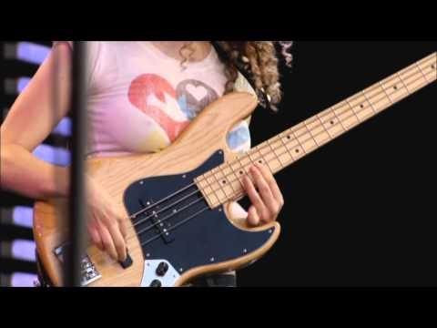 Download Youtube: Tal Wilkenfeld - Solo Bass (HD)