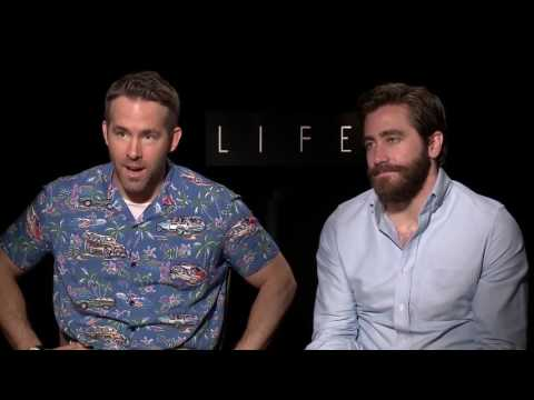 Ryan Reynolds & Jake Gyllenhaal Funny Press Junket Compilation