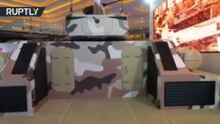 معرض دولي للأسلحة في إندونيسيا