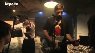 Bodi Bill - Garden Dress vom Album What? | on tape live bei tape.tv