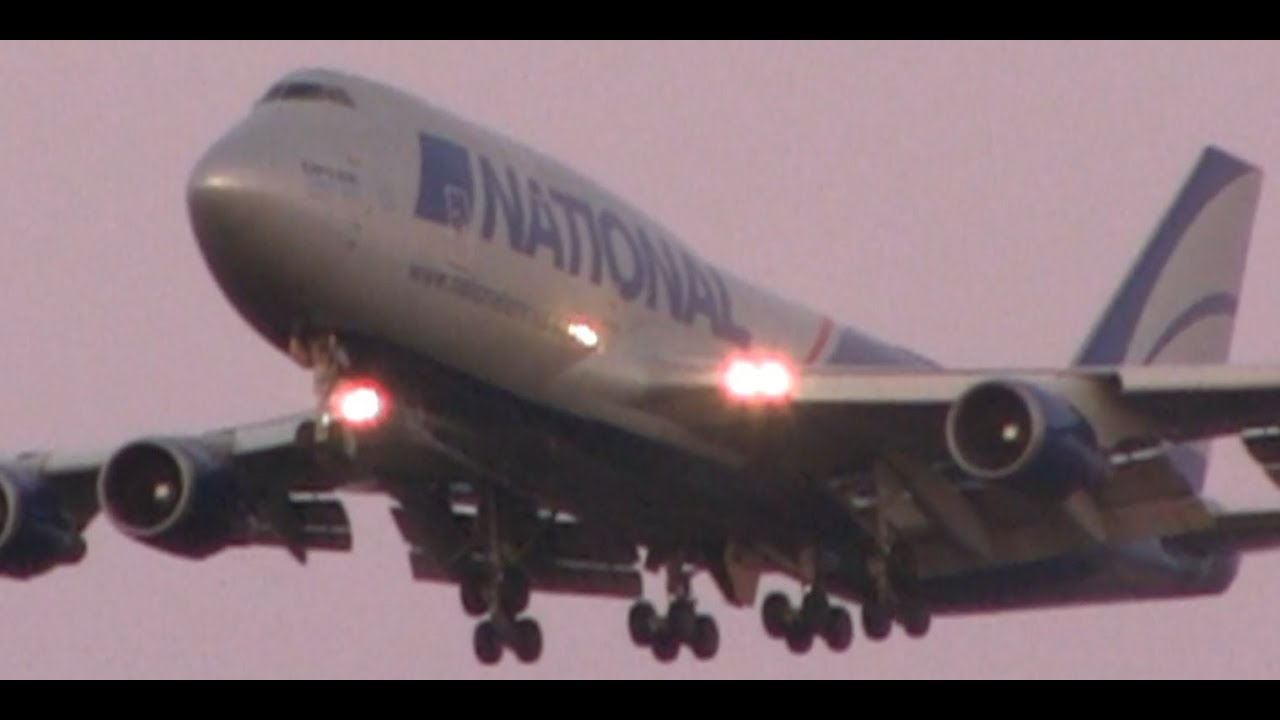 National Airlines 747-400 Landing at Chicago O'Hare - YouTube
