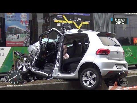 Corpos de vítimas de grave acidente em Guarulhos são enterrados | SBT Notícias (20/08/18)