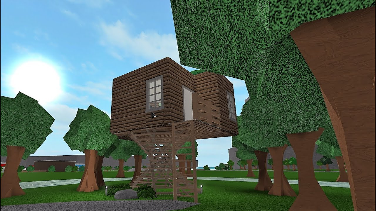 Building A Treehouse Roblox Bloxburg 20k Youtube