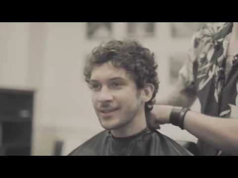 The Curly Short Cut