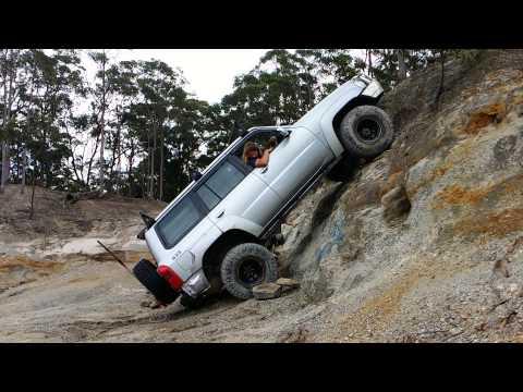 Aussie Four Wheelers Freemans Waterhole 2015