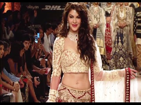Jacqueline Fernandez stunning ramp walk in lehenga choli at Lakme Fashion Week 2014.