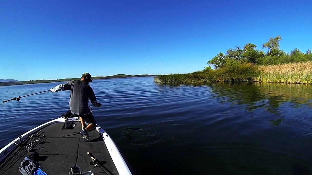 Lake skinner 4 7 2014 youtube for Lake skinner fishing report