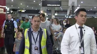 'Roger Federer wife Mirka & kids leave Melbourne after Aus.Open (R4) Tsitsipas loss ' 15MOF