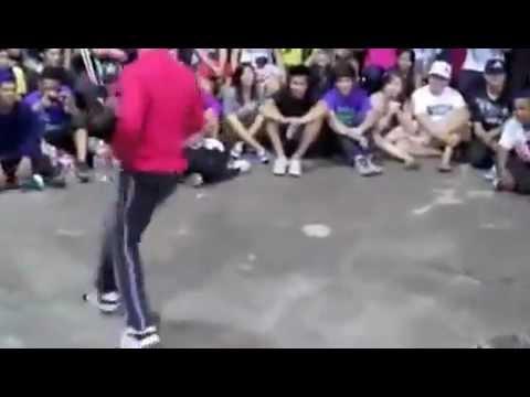 طفل صغير يتغلب على رجل كبير في الرقص نااااااااار thumbnail