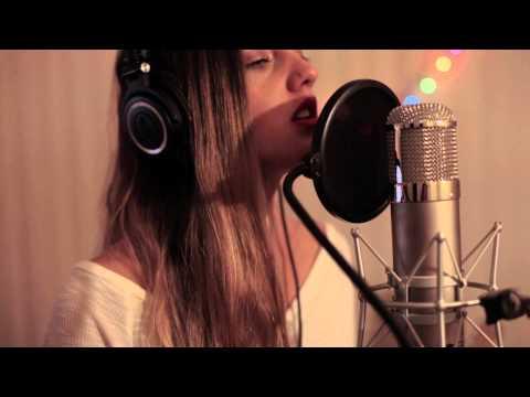 Run - Nicole Scherzinger (Cover by Anna Chase)
