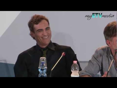 Joaquin Phoenix Bored to Death at The Master Press Conference (Venice Film Festival) FUNNY