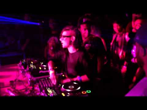 Skrillex & 12th Planet close out SXSW 2012 tour [HD]