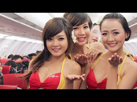 OMG ! बिकिनी में रहती हैं एयर होस्टेस | Air Hostess In Bikini In Vietnam Jet Aeroplane