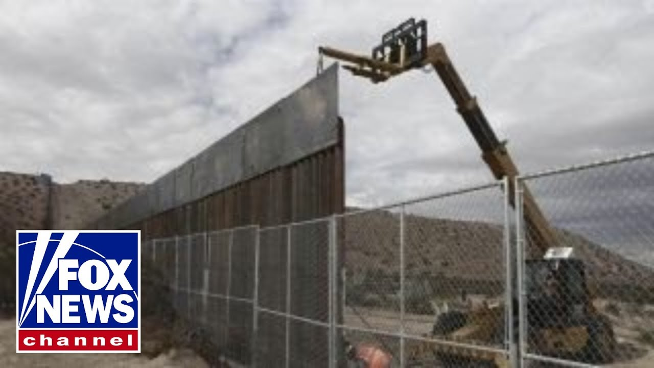 Could Senate strike a border wall for 'dreamers' deal? #1