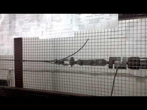 видео: Испытания спирального зажима под малый диаметр оптического кабеля на разрушающую нагрузку