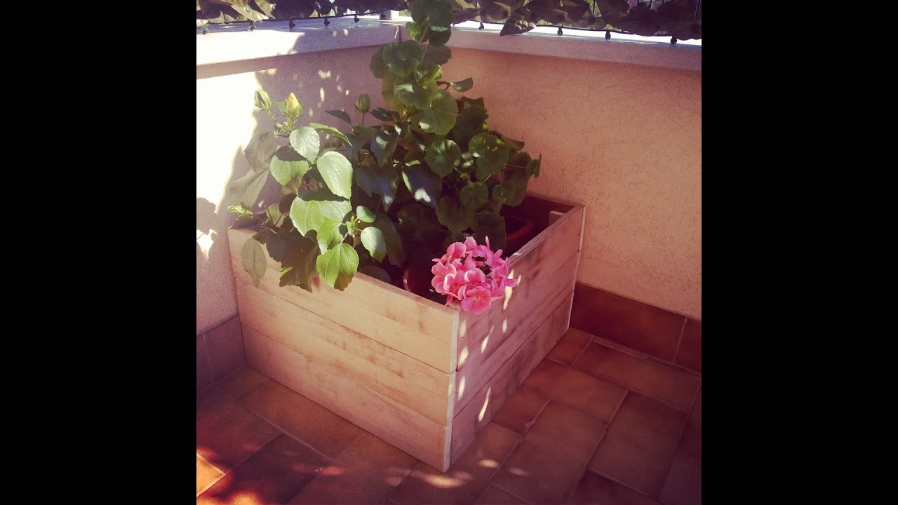 Diy fioriera fai da te flower box youtube for Box parto cani fai da te