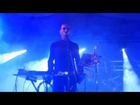 "she-past-away-""rituel""---live-am-1.9.2016-im-bett-in-frankfurt"
