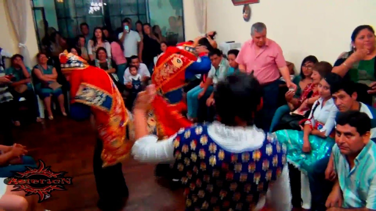 Navidad laramate carhuacucho familia guevara roca 6 3 for Familia roca