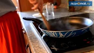 Салат с грушами, рукколой и козьим сыром