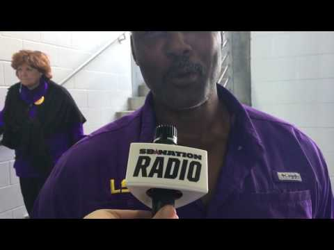Karl Malone a Utah Jazz message for Elvin Hayes In The Post on SB Nation Radio