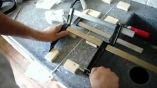 Установка столешницы из искусственного камня(Процесс установки столешницы из искусственного камня на кухне - склеивание и полировка швов, установка..., 2014-01-05T01:15:51.000Z)