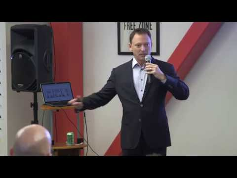 Enterprise Sales for Early Stage Startups with Lee Paries