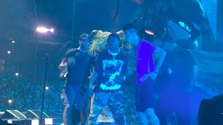 Travis Scott PAUSES PERFORMANCE when fans jump on stage