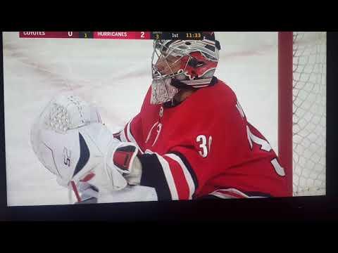 Carolina hurricanes WEIRD  own goal vs Arizona coyotes 3/23/2018