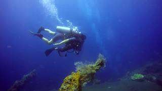 Discover scuba diving Javiera Abyss Amed Bali Indonésie
