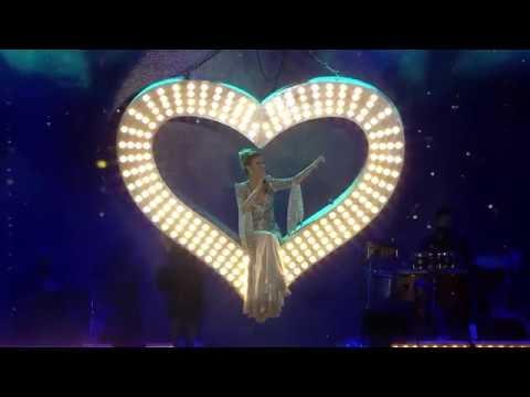 Gülben Ergen - Kalbimi Koydum (Konser Kısım 1)