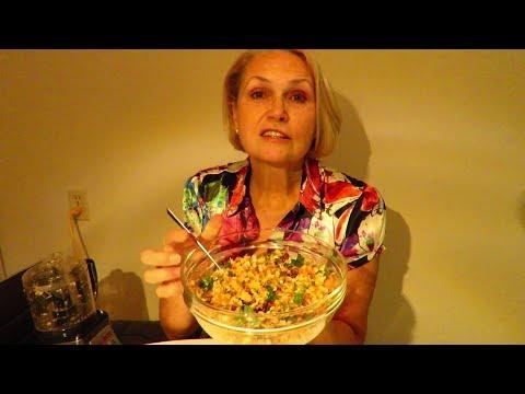 видео: Сыроедение. Салат для здоровья крови, зрения, кожи.