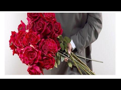 Сколько роз можно дарить девушке на праздники и просто так