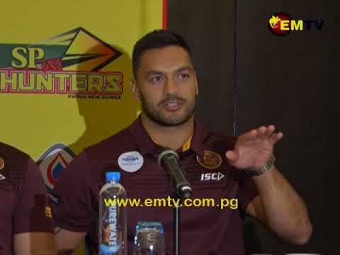Brisbane Broncos Arrive to a Roaring Welcome in Port Moresby
