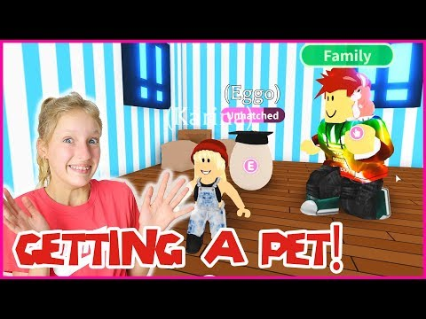 GETTING A PET EGG WITH FREDDY!