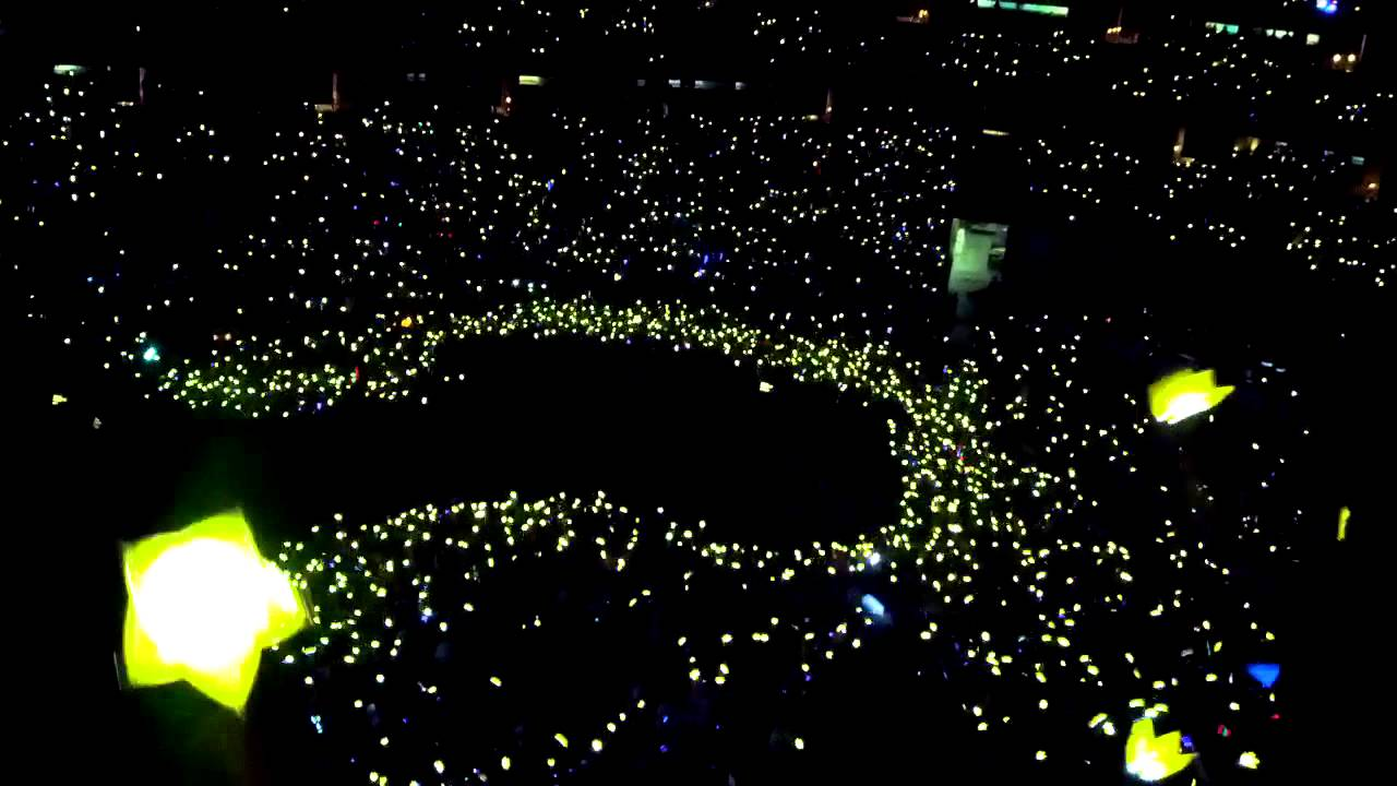 Yellow Ocean BIGBANG Alive Galaxy Tour LA 11/03/12 - YouTube