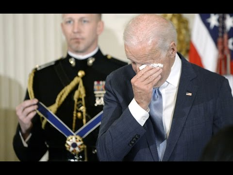 President Obama gives Joe Biden the Medal of Freedom
