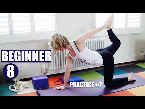 BEGINNER YOGA #7 of 8 // STRONG FLEXIBLE BACK & CORE + MOON SALUTATION