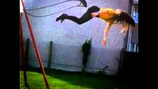 Alex Coulton - Grande Swing